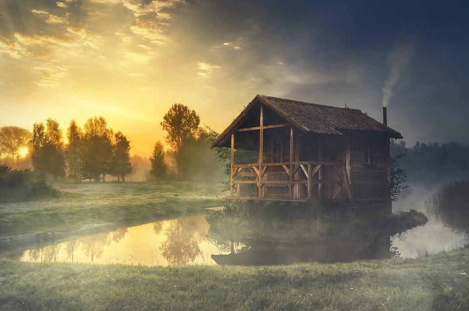 Docieplanie starych drewnianych domów. Jak to zrobić ?